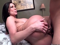 Milf with perfect round ass fuck and facial porn